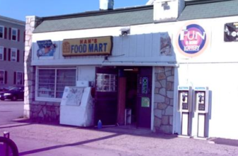 Hans Food Market, one of three shut down by the city for selling spice.