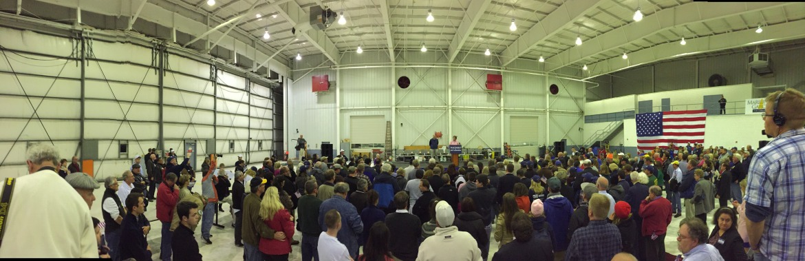 Panoramic view of NH GOP rally in Manchester on Nov. 2.