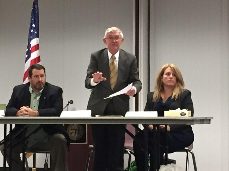 "Alderman Bill Shea announces Gatsas as ""still mayor."""
