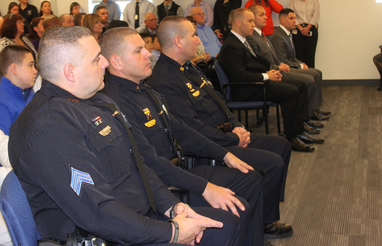 Chief flips the script during swearing-in ceremony, welcomes officers ...