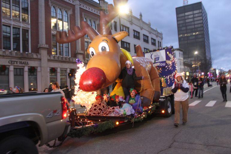 Manchester Christmas Parade 2020 Annual Intown Christmas Parade set for Dec. 1 on Elm Street