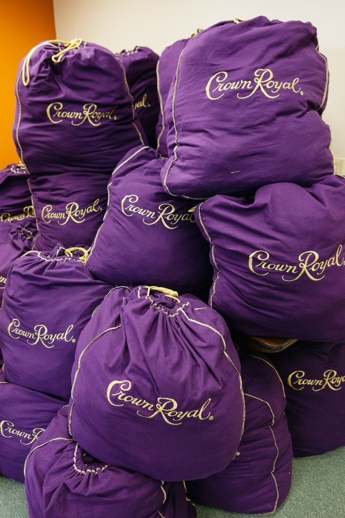 U S Troops Utilize Crown Royal Bags As Lightweight And Convenient Alternatives To The Standard Issue But Bulky Military Grade Cases Receive
