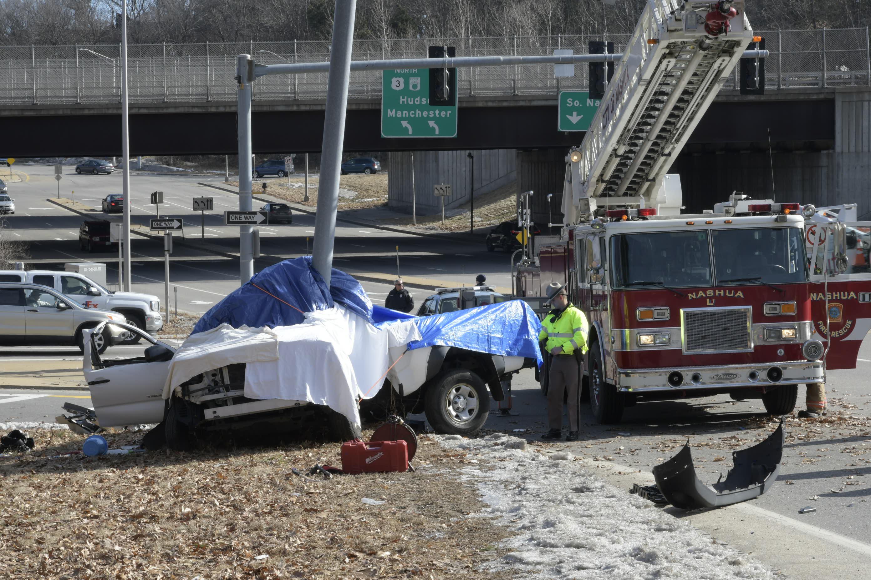 Woman Dead Following Everett Turnpike Crash Manchester