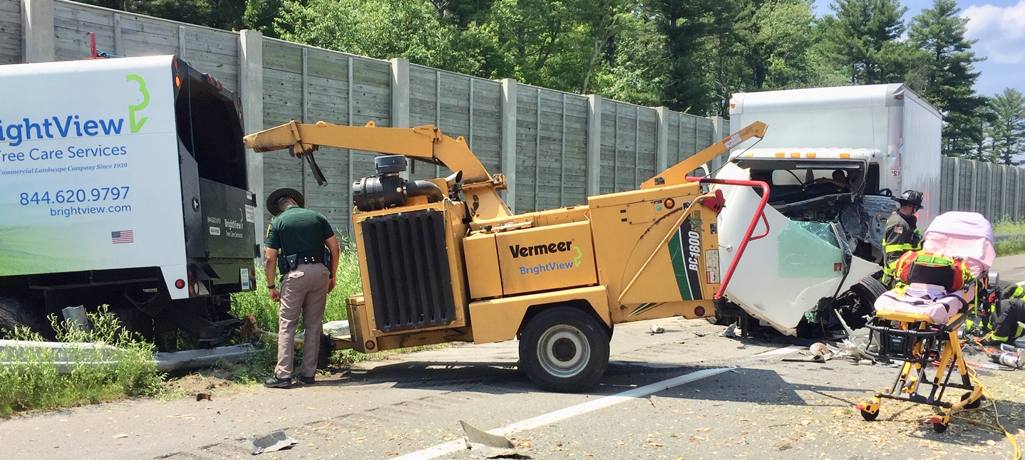 Crash involving 2 trucks shuts down I-93 for Medivac