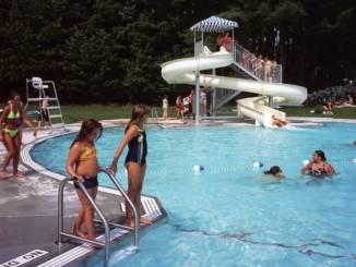 Livingston pool