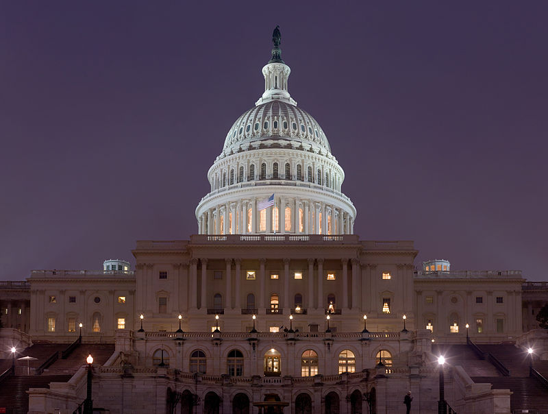 800px-US_Capitol_Building_at_night_Jan_2006
